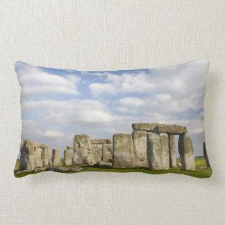 Stonehenge (circa 2500 BC), UNESCO World 2 Lumbar Cushion