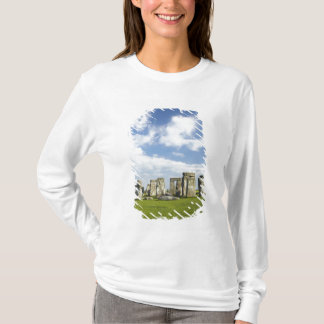 Stonehenge (circa 2500 BC), UNESCO World T-Shirt