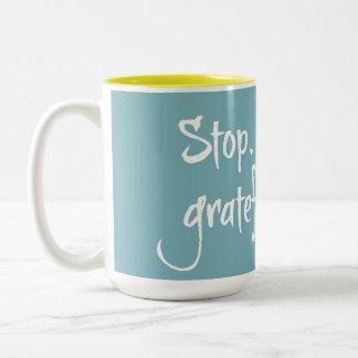 Stop.Look.Go. Mug Colour