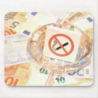 Stop smoking mouse mat