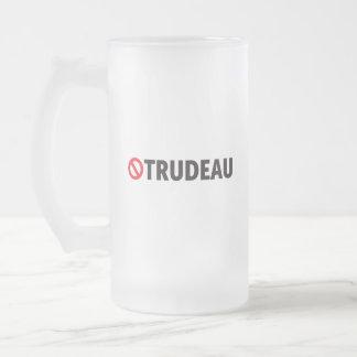 Stop Trudeau Fédéraliste Québec Humour Canada Frosted Glass Beer Mug