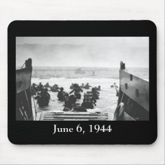 Storming The Beach On D-Day Painting Mouse Pad