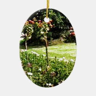 Stratford-upon-Avon Garden Rose snap-29602 jGibney Ceramic Oval Decoration