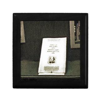 Stratford-upon-Avon Shakespeare's Artifacts2 jGib Jewelry Box