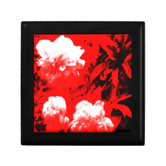 Stratford-upon-Avon White Flowers In The Red jGibn Small Square Gift Box