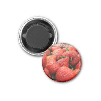 Strawberries 3 Cm Round Magnet