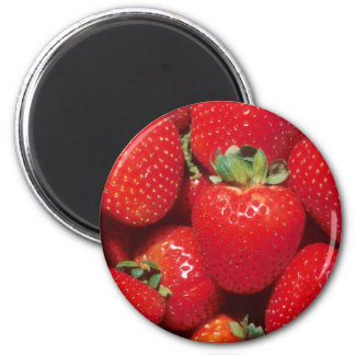 Strawberries 6 Cm Round Magnet
