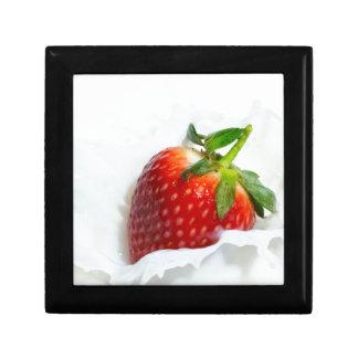Strawberry Splash Gift Box