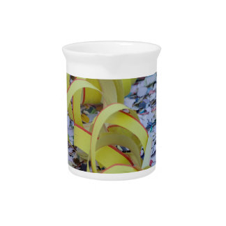streamer carnival pitcher