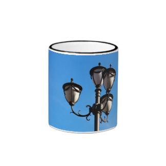 Street lamp mug