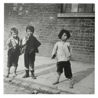 Street urchins in Lambeth (b/w photo) Large Square Tile