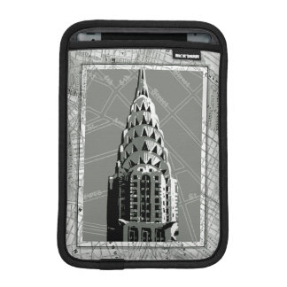 Streets of New York with Empire State Building iPad Mini Sleeve