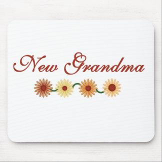 String of Flowers New Grandma Mouse Mat