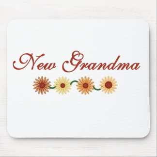 String of Flowers New Grandma Mouse Pad