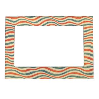 Striped pattern magnetic frame