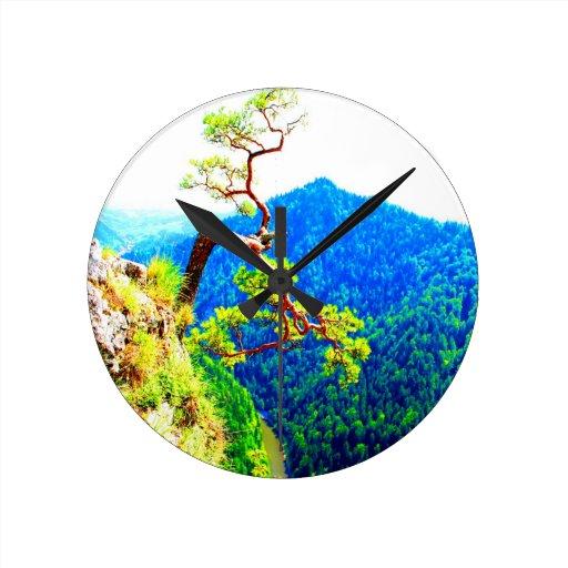 Strong life mountain top tree peek view tatra pola clocks