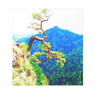 Strong life mountain top tree peek view tatra pola memo note pad