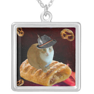 strudel cat silver plated necklace