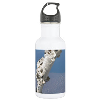 STS-114_Steve_Robinson_on_Canadarm2.jpg 532 Ml Water Bottle