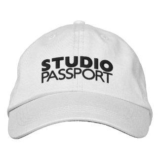 STUDIO PASSPORT EMBROIDERED HAT