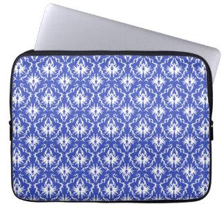 Stylish damask pattern. Blue and white. Laptop Sleeve