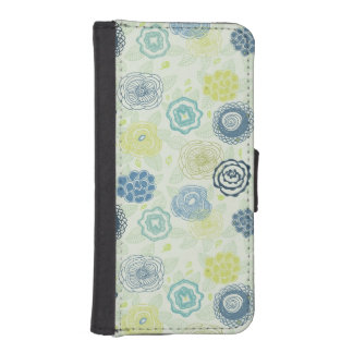 Stylish floral pattern with cute flowers iPhone SE/5/5s wallet case
