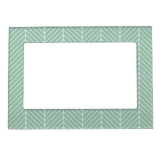 Stylish Herringbone Chevrons Pattern in Green Magnetic Picture Frame