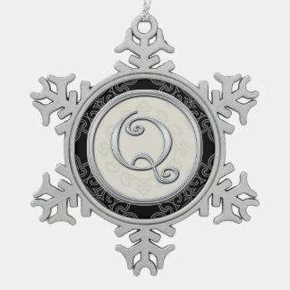 Stylish Silver Monogram Q Christmas Snowflake Pewter Christmas Ornament