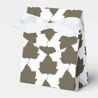 Stylish Sycamore Tree Leaf Pattern Favor Gift Box