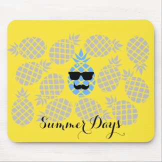 """""""Summer Days"""" Pineapple Mouse Pad"""