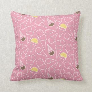 Summer Ice Cream Pattern Throw Pillow