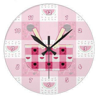 Summer Picnic Clock