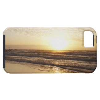 Sun on horizon over ocean case for the iPhone 5