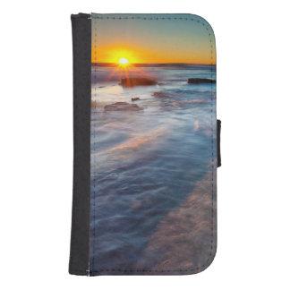 Sun rays illuminate the Pacific Ocean Samsung S4 Wallet Case
