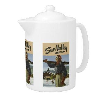 Sun Valley USA Vintage Travel teapot