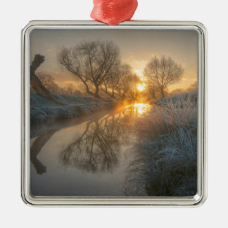 Sunrise burns off the early morning mist Silver-Colored square decoration