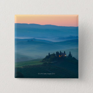 sunrise in the val d?orcia with farmhouse 15 cm square badge