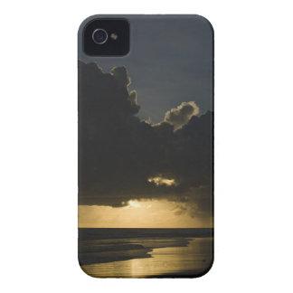 Sunrise over Indian Ocean, Vilanculos, Inhambane iPhone 4 Case-Mate Case