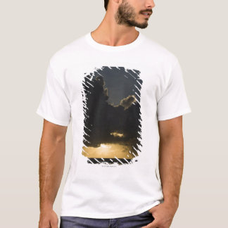Sunrise over Indian Ocean, Vilanculos, Inhambane T-Shirt