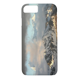 Sunrise over the mountain ranges on South 2 iPhone 8/7 Case
