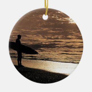 Sunrise surfer round ceramic decoration