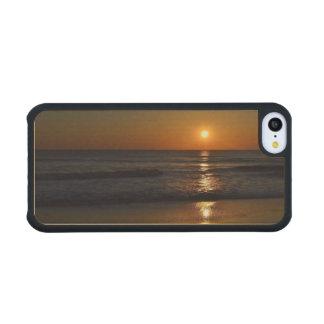 Sunrise Carved® Maple iPhone 5C Case