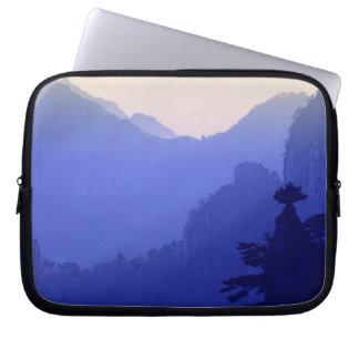 Sunrise, Yellow Mountain, Huangshan, China Laptop Sleeve