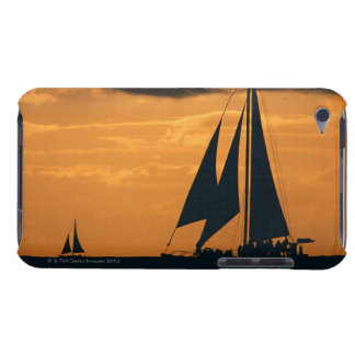 Sunset and Yacht Case-Mate iPod Touch Case