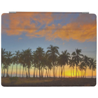 Sunset at National Historic Park Pu'uhonua o iPad Cover
