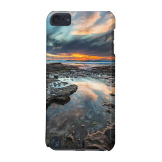 Sunset from the tide pools iPod touch 5G case