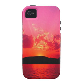 SUNSET IN FUCHSIA FRAMED IN RED CASE FOR THE iPhone 4