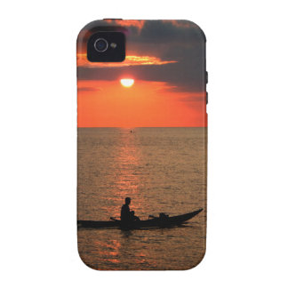 Sunset in the waters of Sausapor town Case-Mate iPhone 4 Cover