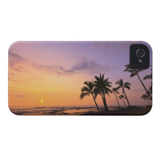 Sunset on Kahaluu Bay in Kona,Hawaii 2 iPhone 4 Cases