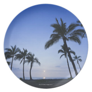 Sunset on Kahaluu Bay in Kona,Hawaii Plate